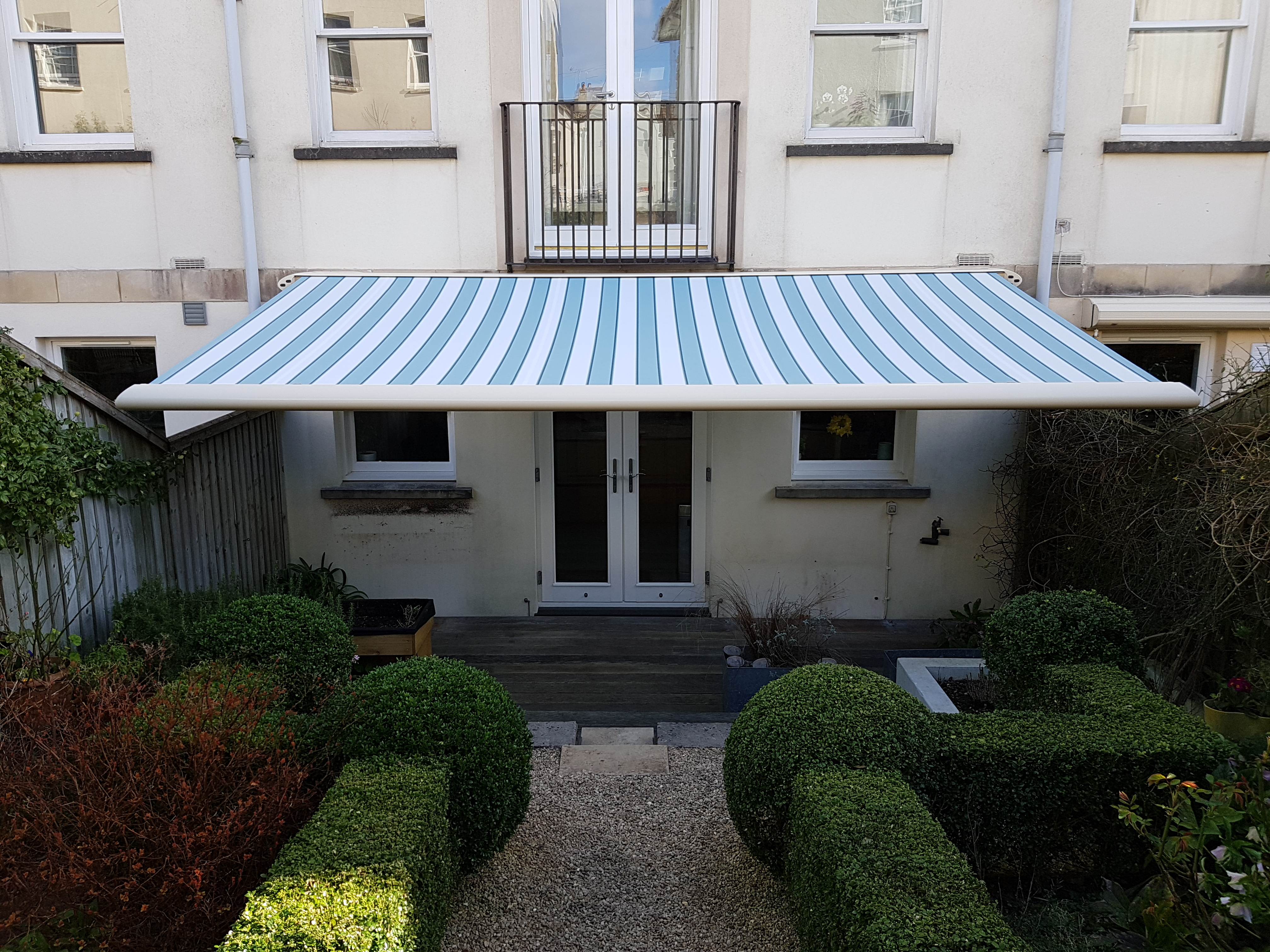 Andy Whitehead awning - no job details 7