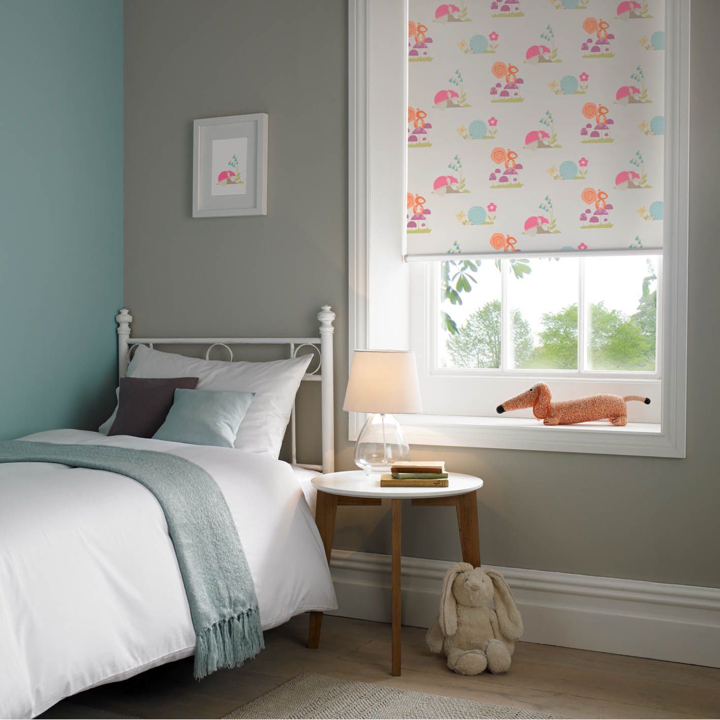 Roller window blinds with ultra one touch control appeal for Blinds for kids rooms