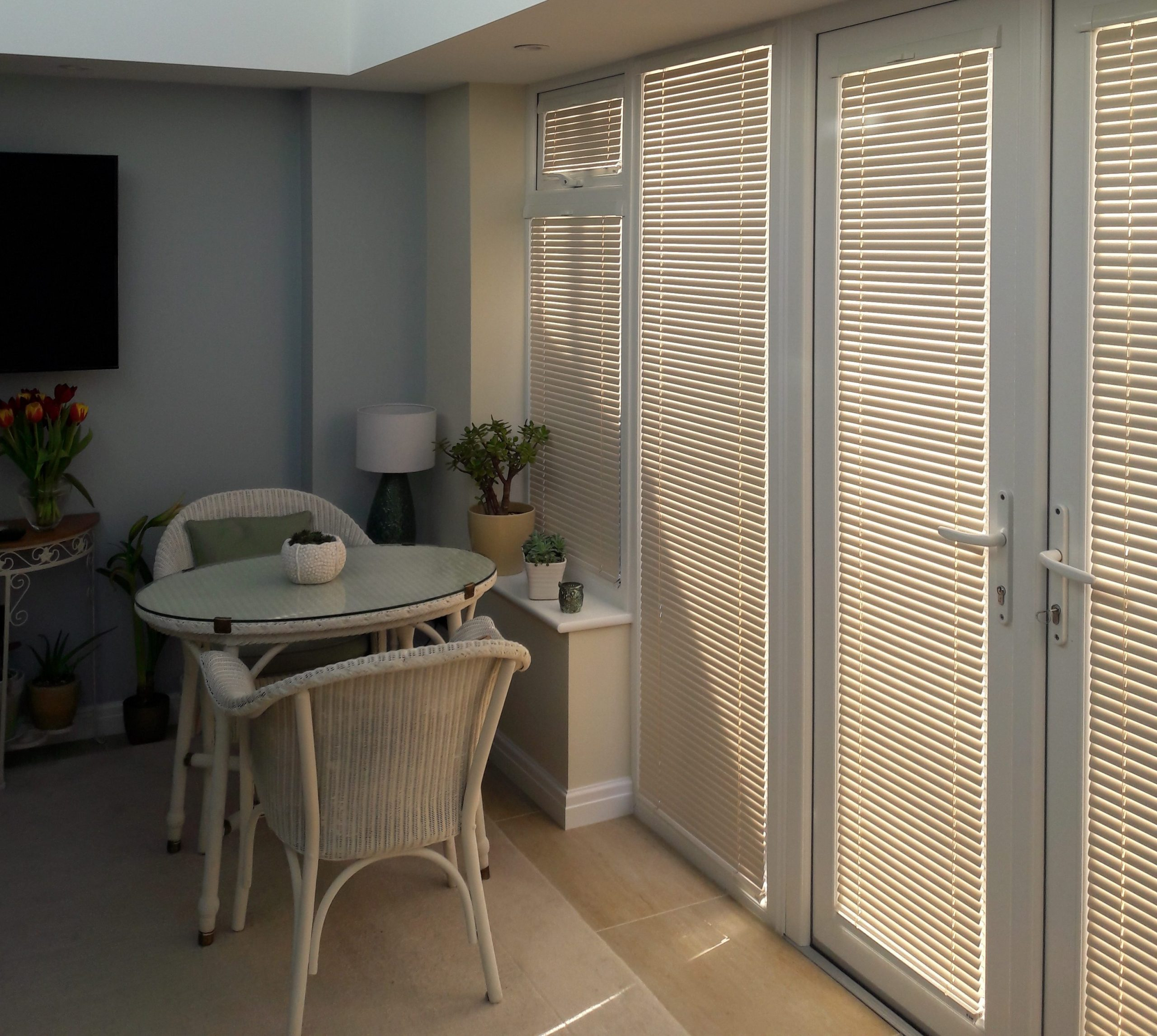 venetian door blinds