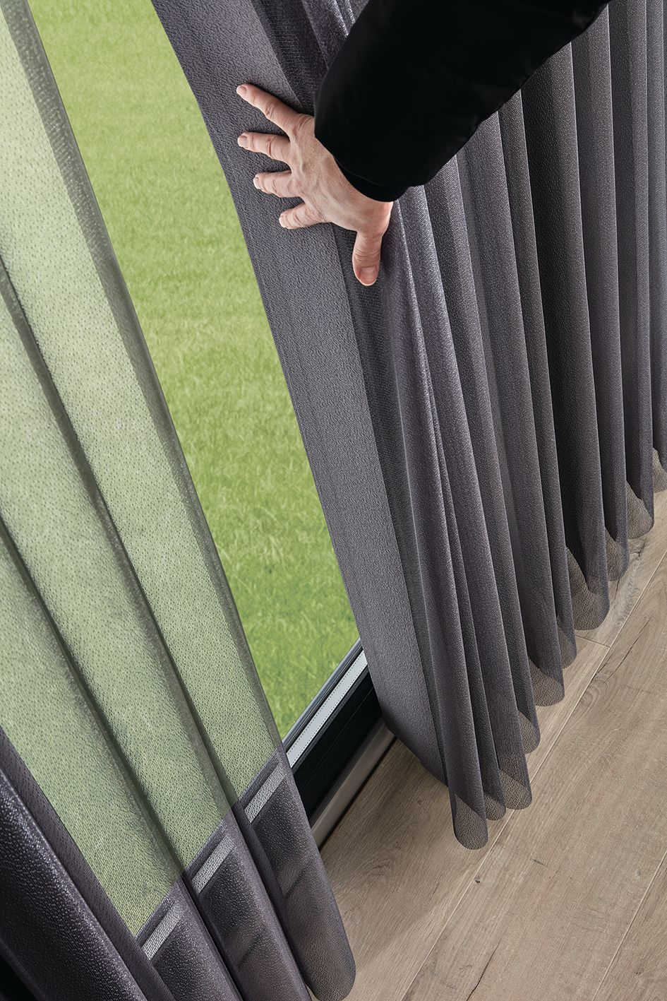 Finestra Blinds for Doors