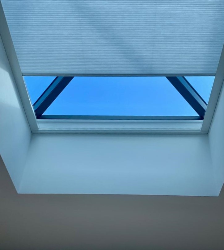blinds for lantern roofs
