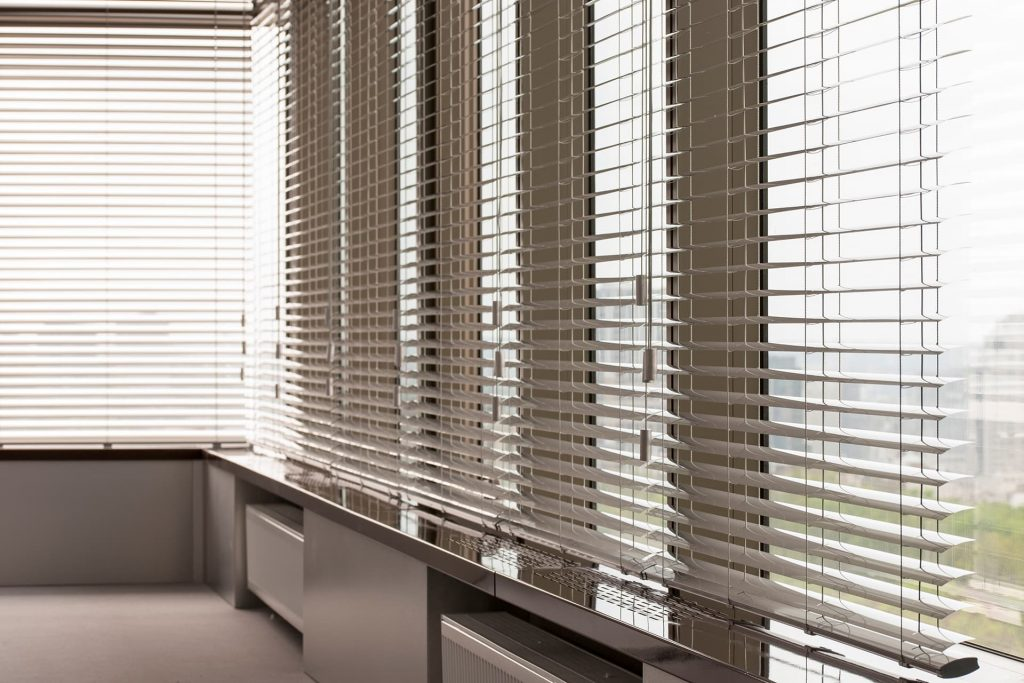 how are window blinds fitted